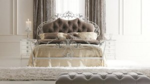 , Латунная мебель