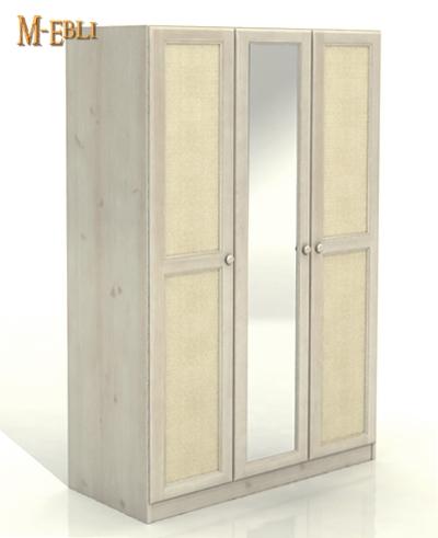 , В больших помещениях можно оборудовать длинные шкафы купе